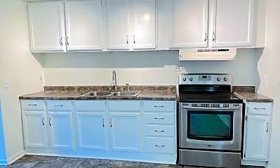 Kitchen, 627 Southbriar Rd, 1