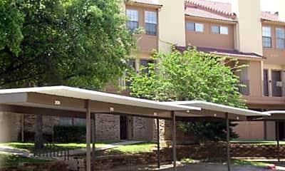 La Costa Apartments, 2