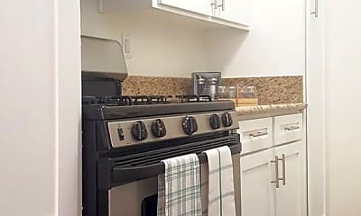 Kitchen, 9212 Burke St, 1