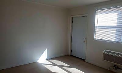 Bedroom, 113 Mill St, 1