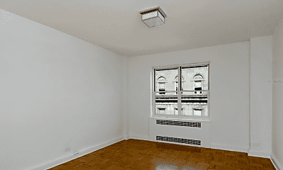 Bedroom, 945 5th Ave, 1