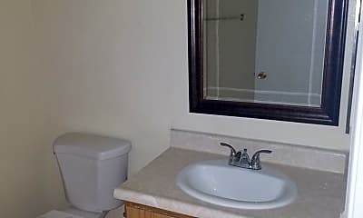 Bathroom, 18400 Montezuma St, 2
