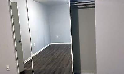 Living Room, 14740 Erwin St, 2