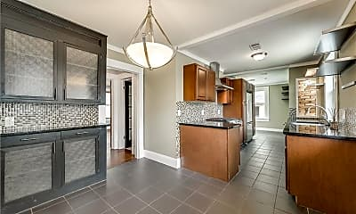Kitchen, 1423 Hollywood Ave, 1