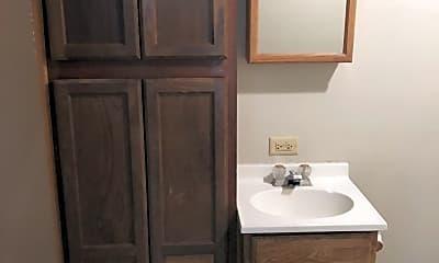 Bathroom, 221 S Washington St, 2