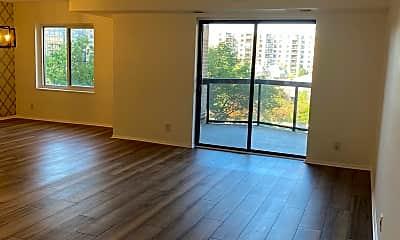 Living Room, 8360 Greensboro Dr 509, 1