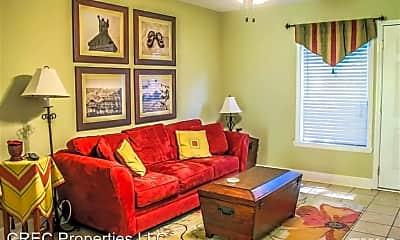 Living Room, 103 Friar Ln, 1