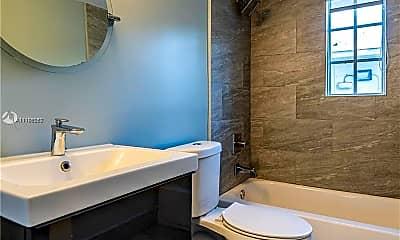 Bathroom, 331 85th St 10, 2