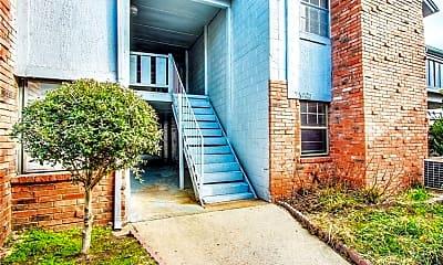 Building, 2604 N Ann Arbor Ave, 0