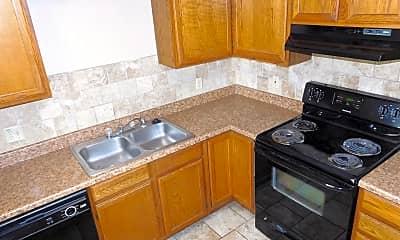 Kitchen, 1900 Naismith Dr, 1
