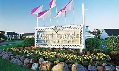 Community Signage, Wood Creek Apartments, 0
