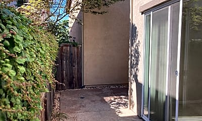 Building, 8465 Roseto Rd, 2