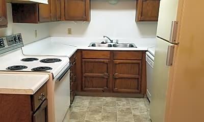 Kitchen, 433 N 27th St, 1