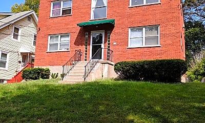 Building, 82 Hillsdale Ave, 1
