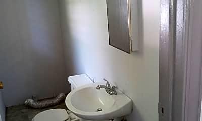 Bathroom, 319 N Walnut St, 1