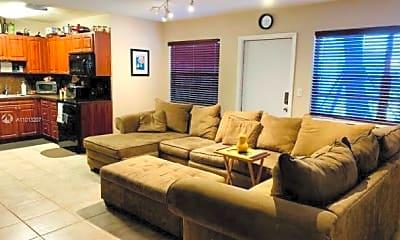 Living Room, 715 NE 6th St 5B, 2