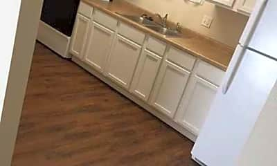 Timbercrest Apartments, 1