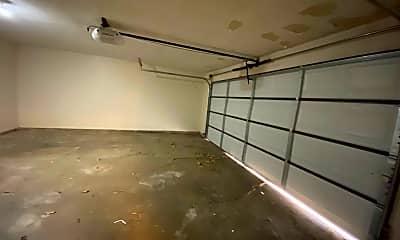 Bathroom, 8027 NW 104th St, 2