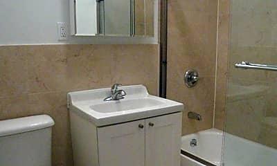 Bathroom, 171 E 116th St, 2