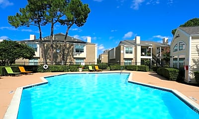 Pool, Hollyview, 1