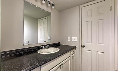 Bathroom, 900 E Wayne St Unit #112, 2
