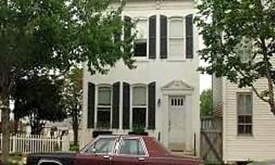 Building, 983 E Philadelphia St, 0