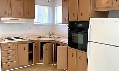 Kitchen, 907 SW Holden St, 1