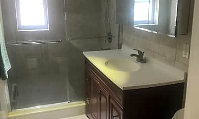 Bathroom, 42-08 208th St, 1