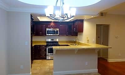 Kitchen, Sherman Oaks Renaissance, 2