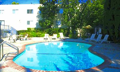 Pool, 5051 Whitsett Ave, 1