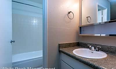 Bathroom, 4420 E Pikes Peak Ave, 1