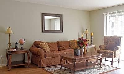 Living Room, The Plantation, 1