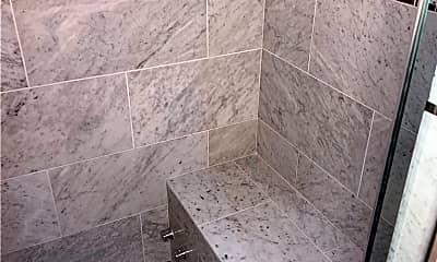 Bathroom, 3117 Hollycrest Dr, 2