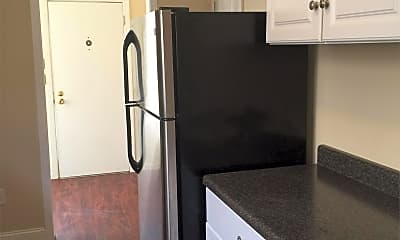 Kitchen, 1012 10th St, 1