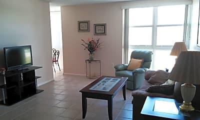 Living Room, 4700 Ocean Beach Blvd 208, 1