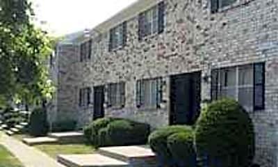 Hendron Park Apartments, 1
