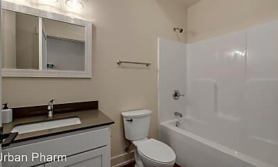 Bathroom, 255 Bradford St NE, 2