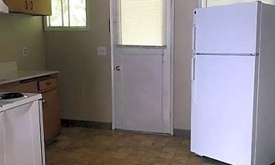 Kitchen, 2321 SE Salem Ave, 1