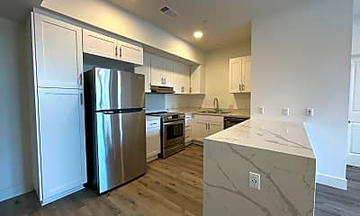 Kitchen, 2602 Ridgeway Dr, 0