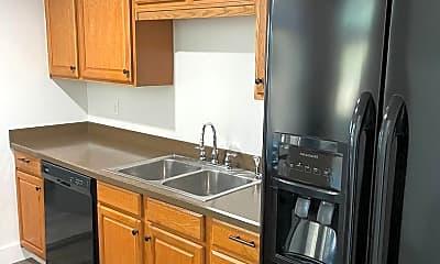 Kitchen, 3114 S 166th St, 1