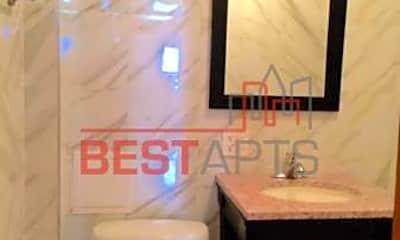Bathroom, 454 9th Ave, 2