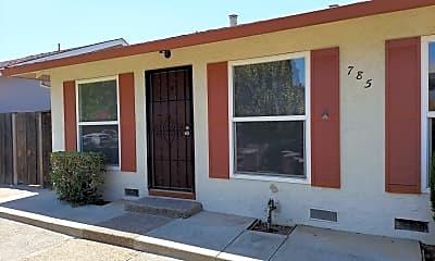 Building, 785 Nevin Way, 1