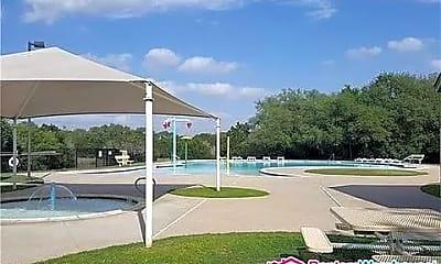 Pool, 125 Eagle Owl Loop, 2