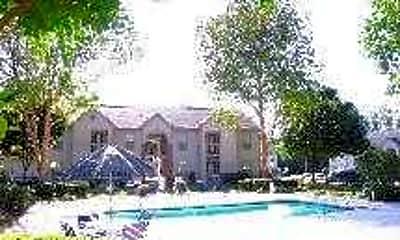 Pool, Highland Trace, 2