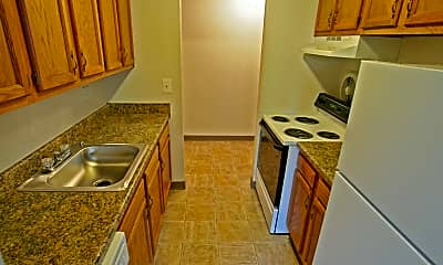 Kendallwood Apartments, 2