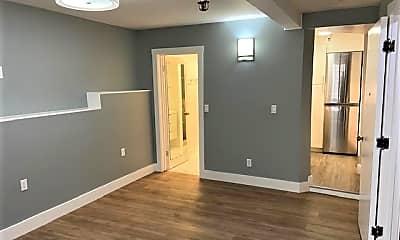 Living Room, 360 Green St, 1