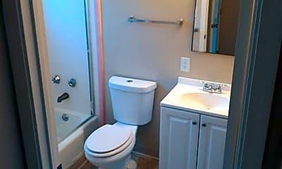 Bathroom, 705 Bidwell St, 1