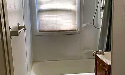 Bathroom, 2127 Whittier St, 1