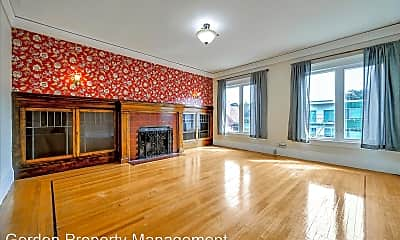 Living Room, 723 2nd Ave, 0