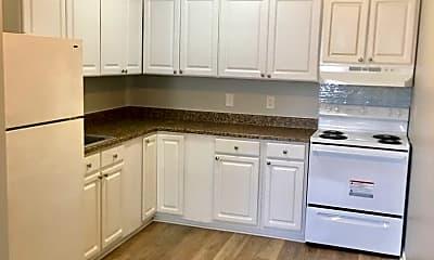Kitchen, 4100 Sail Ct, 1